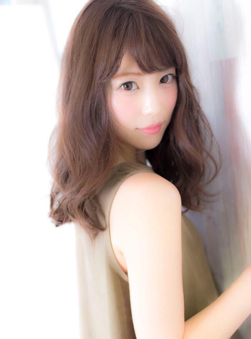 サロンモデル 鈴木彩