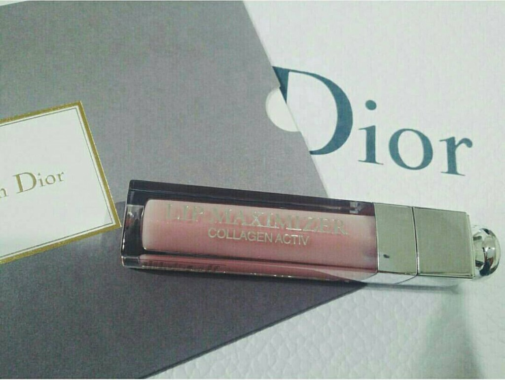Dior アディクト リップ マキシマイザー