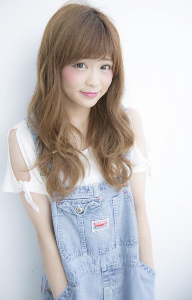 サロンモデル Rina