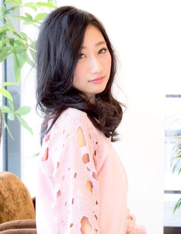 サロンモデル 村松芳恵