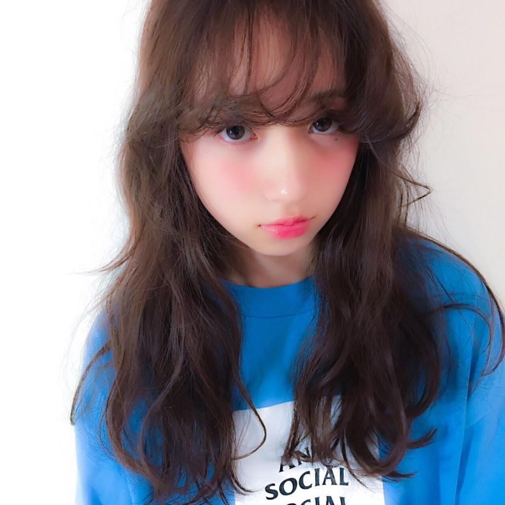 サロンモデル 小嶋彩音