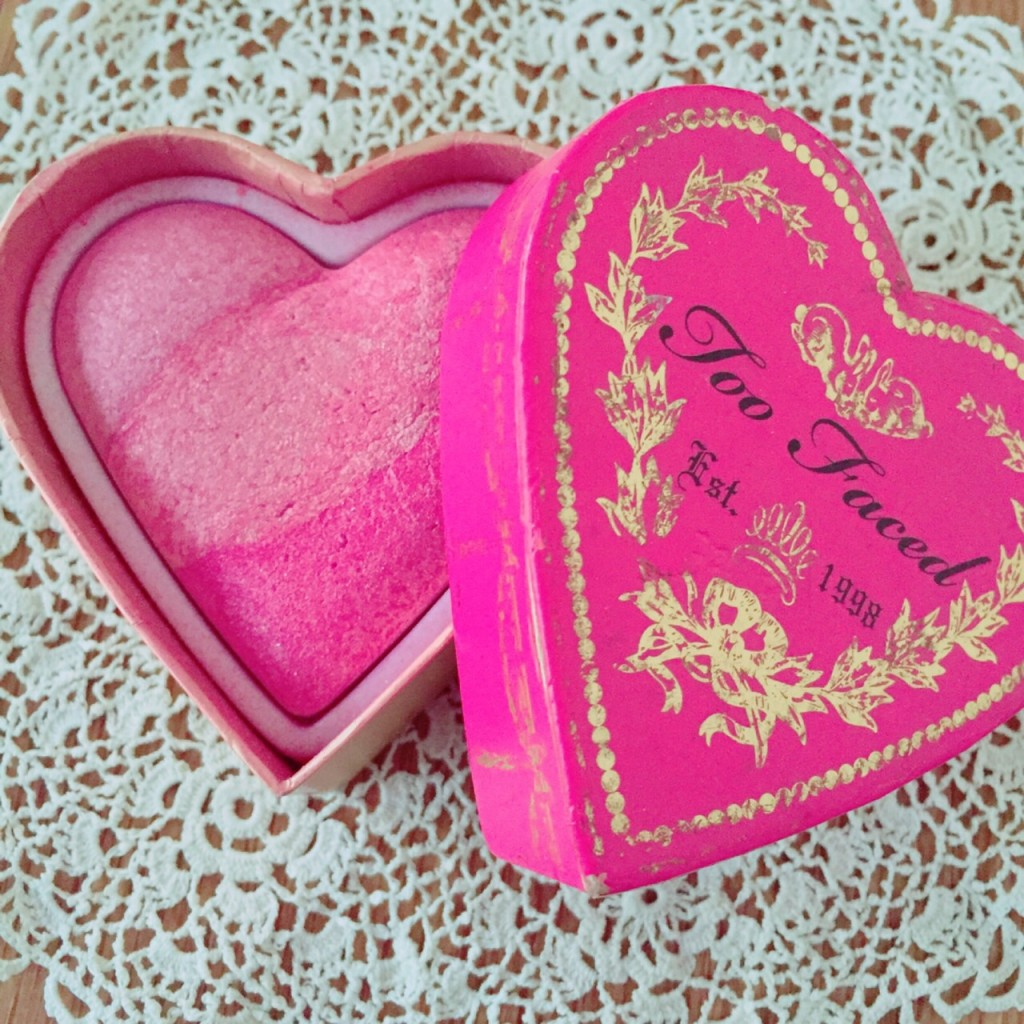 Too FacedのSweetheart Perfect Flush Blush